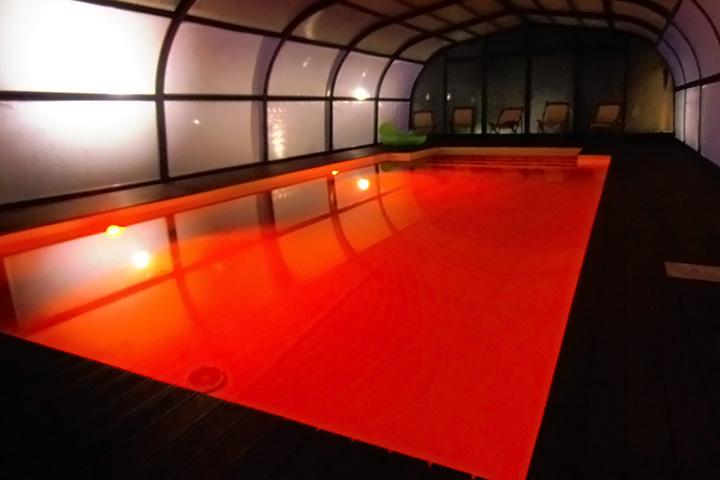villa-con-piscina-per-feste-marche-2