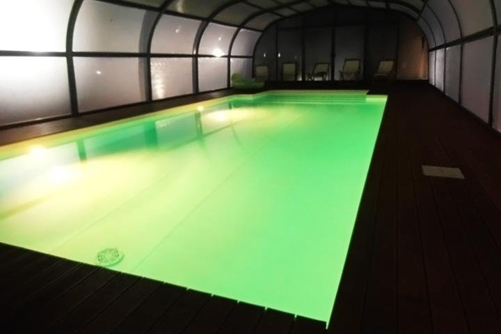 villa-con-piscina-per-feste-marche-3