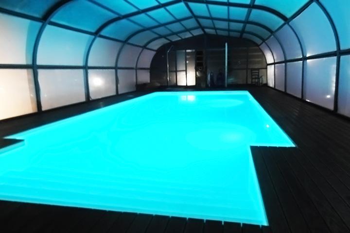 villa-con-piscina-per-feste-marche-4