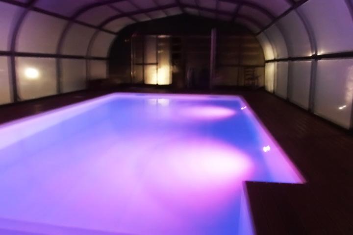 villa-con-piscina-per-feste-marche-5